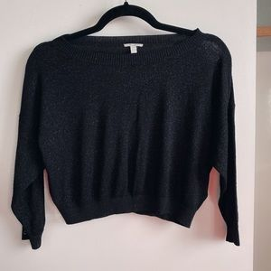 black sparkly three-quarter sleeve crop top